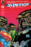 Dark Horse Comics/DC Comics: Justice League Volume 2 TPB