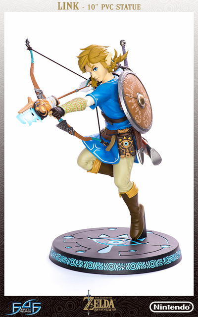 Legend of Zelda: Breath of the Wild Link Figure 3001392