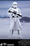 Hot Toys Star Wars First Order Snowtrooper 1/6 Scale Figure