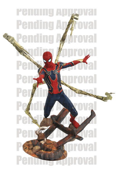 Marvel Premier Coll Avengers 3 Iron Spider-Man Statue APR182165