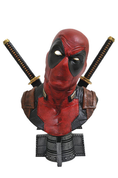Legendary Comics Marvel Deadpool 1/2 Scale Bust APR182170