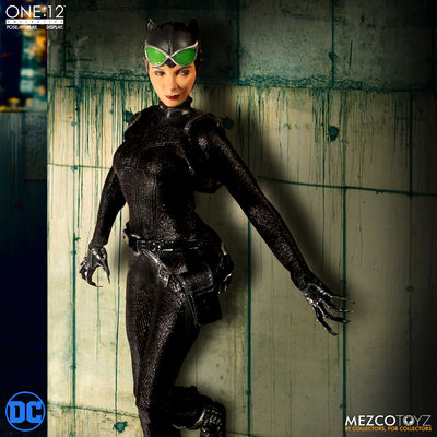 One-12 Collective Catwoman Action Figure MEZCO-768520
