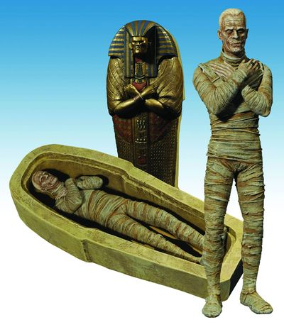 Universal Monsters Select Mummy Action Figure APR101439I