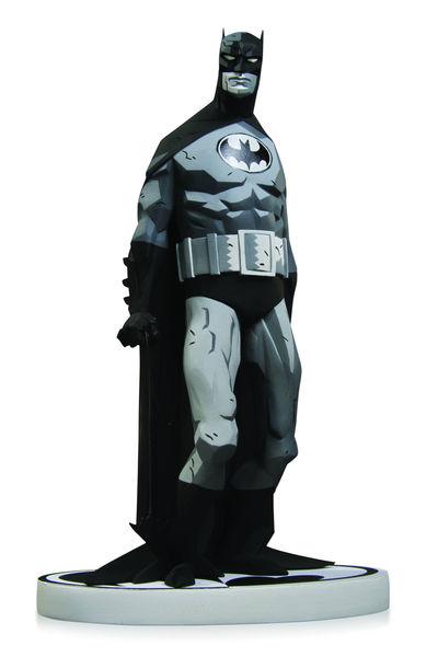 Batman Black & White Statue By Mike Mignola