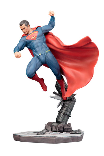 Batman vs. Superman Dawn Of Justice Superman Artfx+ Statue FEB162704I