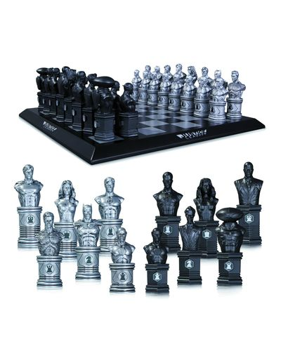 Justice League Chess Set MAR140301X