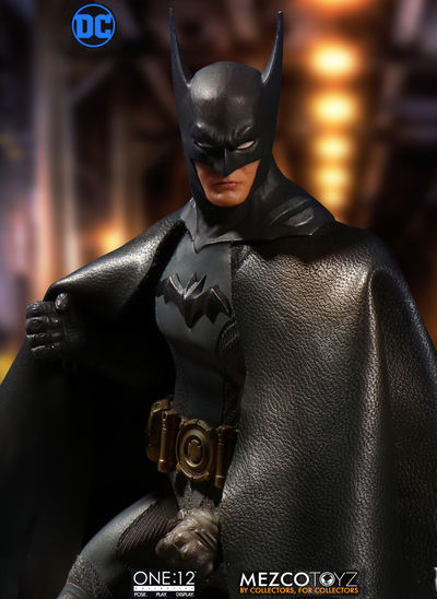 One-12 Collective Ascending Knight Batman Action Figure MEZCO-76570