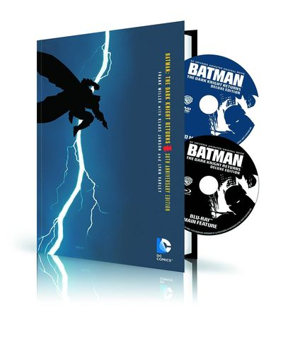 Batman Dark Knight Returns HC Book & DVD Blu Ray Set NOV150294J